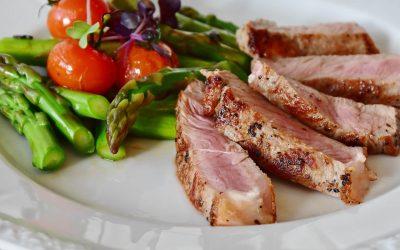 生酮饮食法还是低碳水化合物饮食法? Ketogenic vs. Low-Carb diet